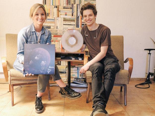 Bulp s albumom Yrsa, ktorý vyšiel elektronicky a na vinyle.