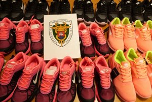 Najfalšovanejším druhom tovaru na svete je obuv.