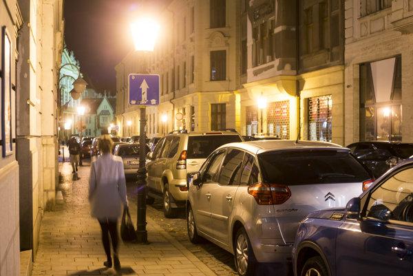 Nový správca mestského osvetlenia by mal byť známy do konca tohto roka.