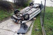 Príčinu a okolnosti nehody vyšetruje polícia.