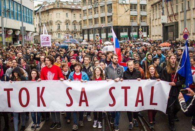 Protikorupčný pochod mal veľký ohlas.