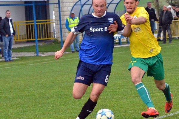 Ivan Hulej strelil druhý gól v zápase s Černovou, v dohrávke sa strelecky presadil aj v Bobrove.
