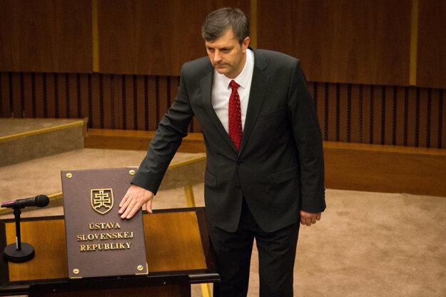 V politických kuloároch sa hovorí aj omožnej kandidatúre Igora Janckulíka, ktorý je poslancom parlamentu ikraja.