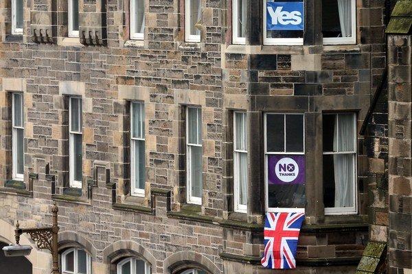Škóti povedali v referende Nie nezávislosti. Tak blízko k nej za posledných 307 rokov ešte neboli.