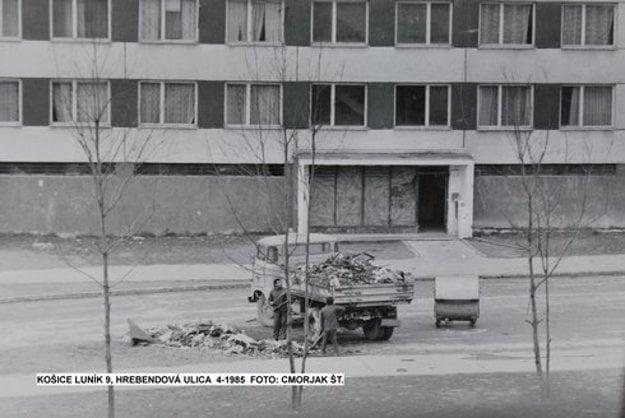 Rok 1985. Hrebendova ulica.