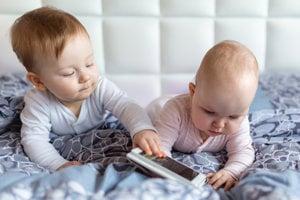 Mobilné zariadenia môžu deťom v ranom veku uškodiť.