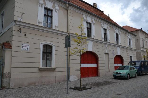 V budove sídli zbor od roku 1875.