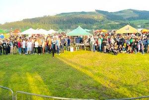 Účastníci vlaňajšieho prvého pivného festivalu v Námestove.