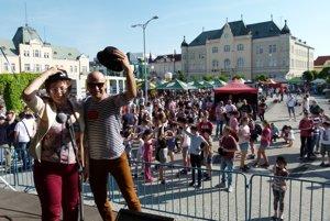 Nácvik účastníkov zabezpečila Lenka Kluchová, moderoval Roman Mihálka.