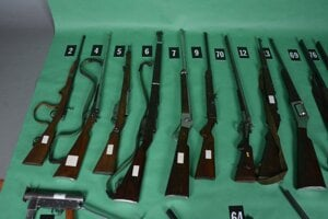 Všetky zaistené zbrane a strelivo  zašlú na kriminalistickú expertízu