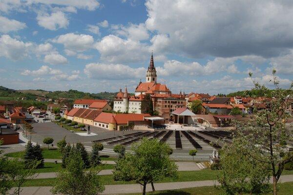 Marija Bystrica.
