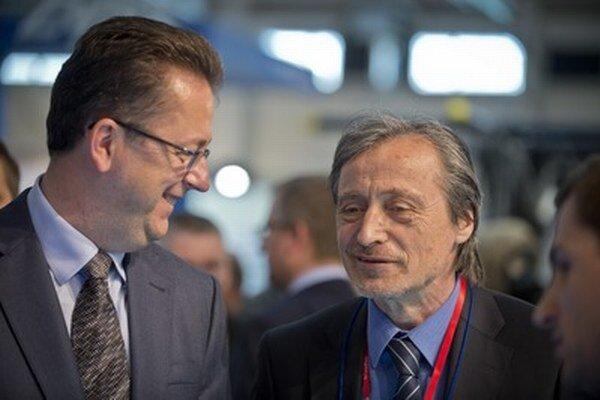 Slovenský minister Glváč a český minister Stropnický.