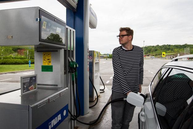 Benzín a nafta stoja v Chorvátsku približne toľko ako u nás.