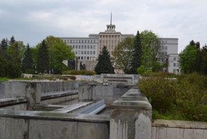 Námestie mieru v Prešove je v katastrofálnom stave.