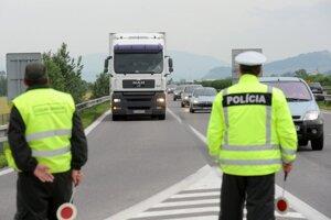 Dnes vykonajú policajti na území Žilinského kraja ďalšiu osobitnú kontrolu.