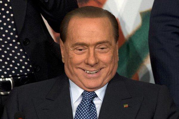 Silvio Berlusconi bude pracovať ako ošetrovateľ.