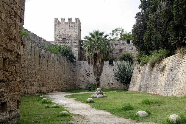 Hrad Neratzia je najzachovalejším stredovekým hradom na ostrove Kos.