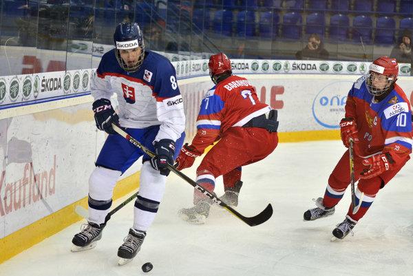 Adam Ružička (vľavo) reprezentoval Slovensko aj na nedávnom domácom svetovom šampionáte hráčov do 18 rokov.