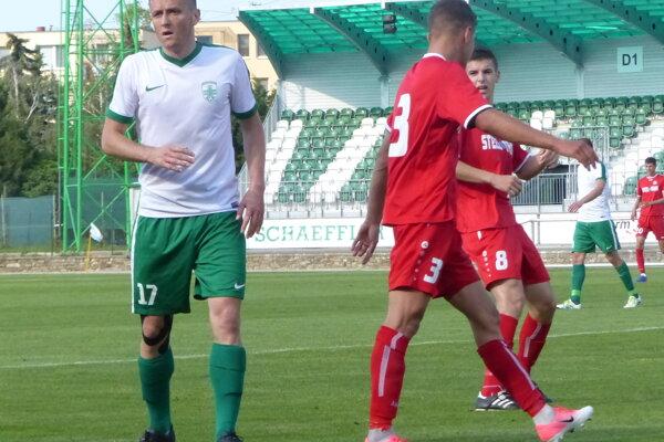 Ján Mizerák (v bielom) počas stretnutia MFK Skalica- VSS Košice.
