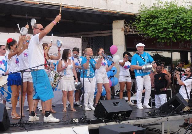 Bubeníci zo Slovenska, Srbska, Maďarska, Rakúska, Nemecka a Brazílie predviedli, čo sa pod vedením Juliana Krampera z Nemecka naučili na workshopoch.