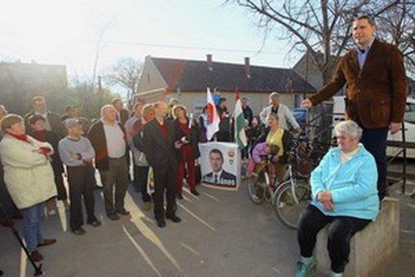 János Lázár na stretnutí s voličmi v Makó, meste cibule.