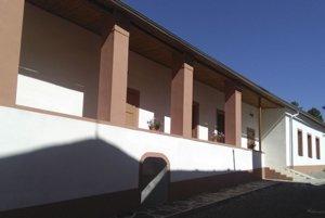 Na remeselný dom prerobili vlani objekt bývalej školy z druhej polovice 19. storočia.