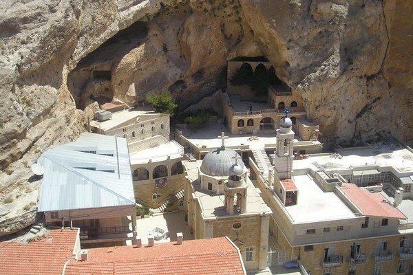 Malúlá je jednou z posledných štyroch lokalít na svete, kde sa ešte stále hovorí po aramejsky.