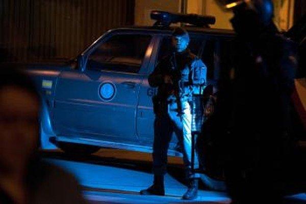 Vyšetrovatelia skupinu obviňujú z toho, že udržiavala kontakty medzi ETA a zadržiavanými teroristami tejto organizácie.