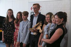 Peter Lazor s rodinou