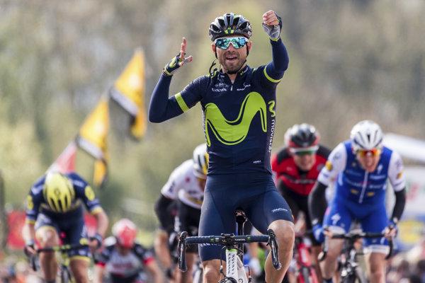 Alejandro Valverde (v popredí).