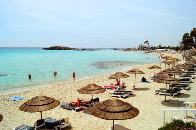 Pláž v populárnom letovisku Ayia Napa.
