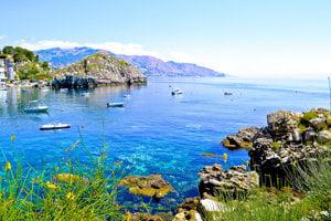 Turistický sprievodca na Sicíliu.