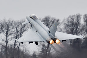 Stíhačka Eurofighter.