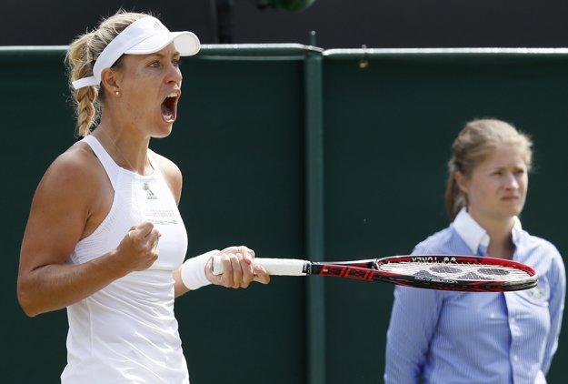 Angelique Kerberová postúpila do osemfinále vo Wimbledone.