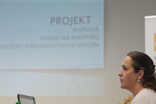 : Na snímke Marta Richterová počas svojej prezentácie na verejnom vypočutí kandidátov na post riaditeľa Fondu na podporu kultúry národnostných menšín 11. júla 2017 v Bratislave.