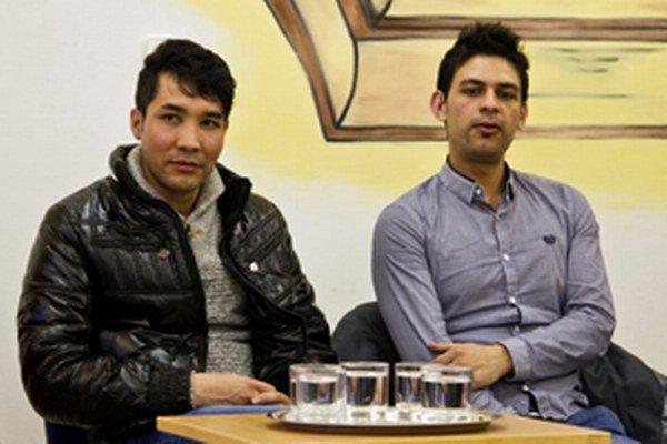 Afgánci odpovedali na otázky prievidzských študentov.