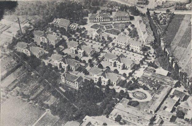 Letecký záber na Komenského ústav v Košiciach.