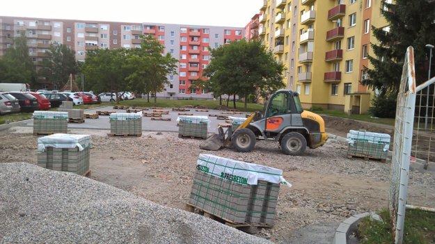 Budovanie nového parkoviska