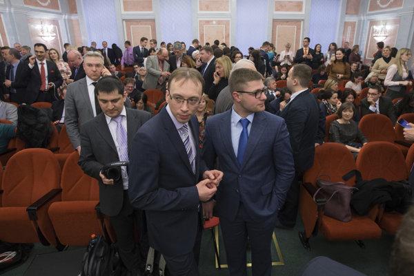 Jehovovi svedkovia majú v Ruskej federácii podľa vlastného vyjadrenia 170-tisíc stúpencov.