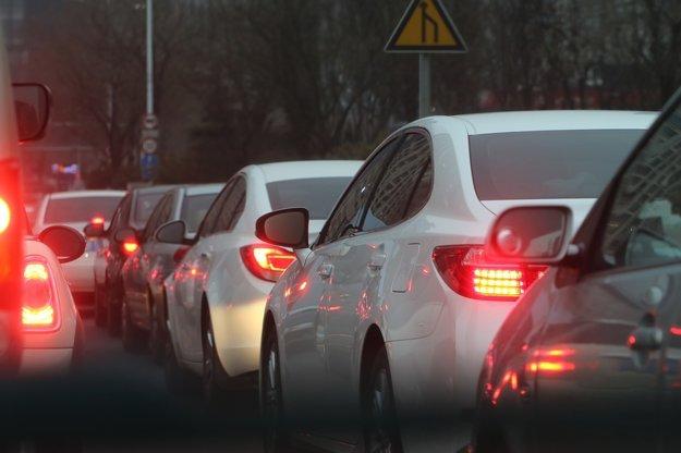 Pokiaľ je to možné, snažte sa vyvarovať dopravným zápcham, ktoré vás zbytočne unavia.