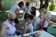 Deti zažili s členkami združenia príjemné popoludnie. Nechýbalo maľovanie na tvár.