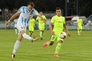 Filip Balaj strieľa otvárací gól zápasu a vôbec celého ročníka Fortuna ligy.