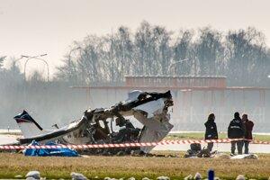 V Mexiku sa zrútilo lietadlo, medzi obeťami je pilot a šesť pasažierov