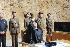 Jadrové blúznenie diktátora Kima treba zastaviť, zhoduje sa svet. Ale ako?