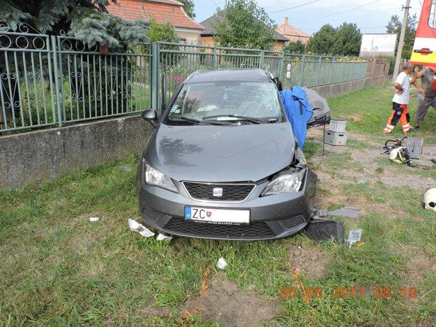 Nehoda v Pribete.