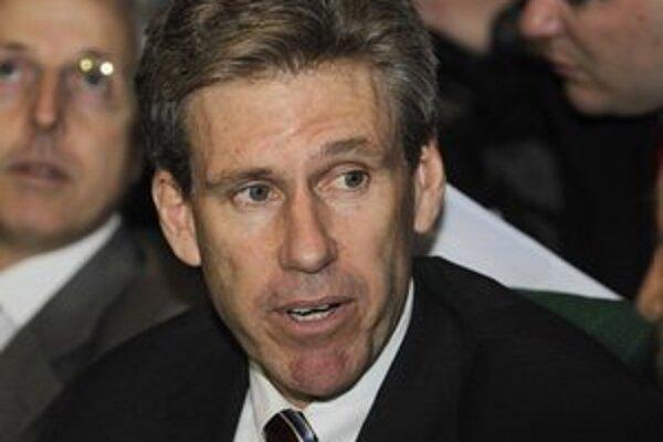 Pri útoku z 11. septembra prišiel o život veľvyslanec Chris Stevens.