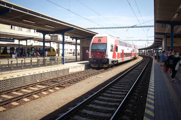 Železničiari vyhlásili súťaž na prevádzkovateľa terminálu v Žiline