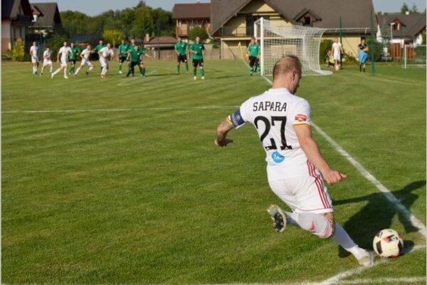 Počas zápasu V. Lomnica – Ružomberok.