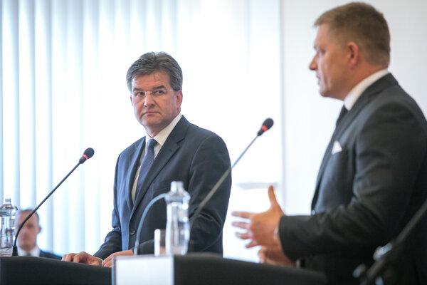 Predseda vlády SR Robert Fico a minister zahraničných vecí a európskych záležitostí SR Miroslav Lajčák.
