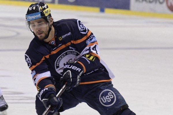 Gabriel Spilar ešte v drese HC Košice (2016). Teraz to skúša v Poprade.